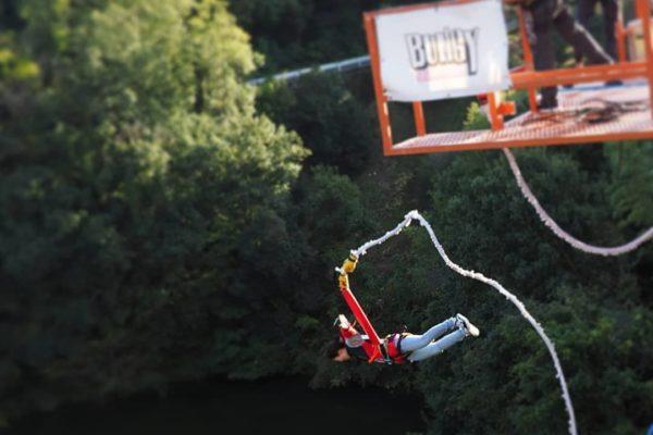 Est-ce que le saut à l'élastique fait mal? – Conseils de saut à l'élastique